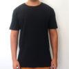 Camiseta preta estonada